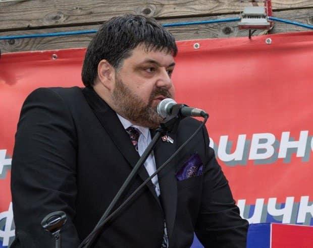 Nema ni za kiriju, a kupuje ceo univerzitet: Dejan Đorđević zadržan u pritvoru 1