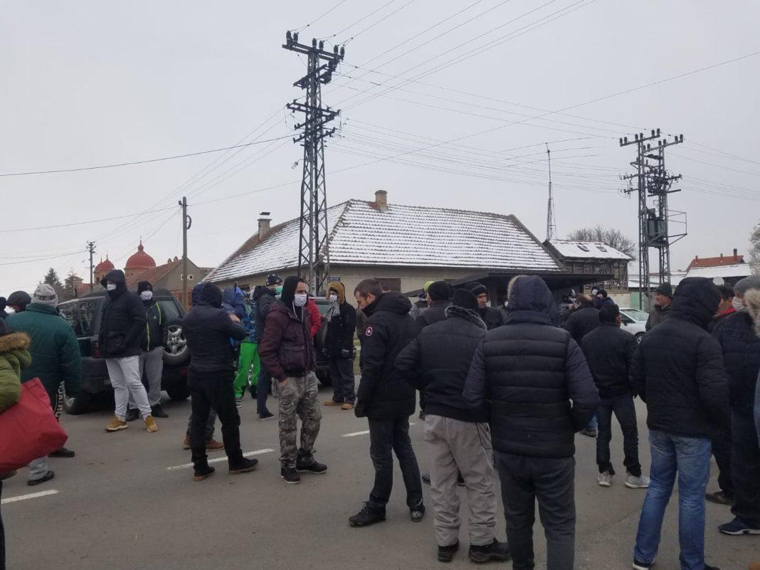 """""""KORISTE VANREDNU SITUACIJU"""": Naseljavaju migrante u Banat (VIDEO) 3"""