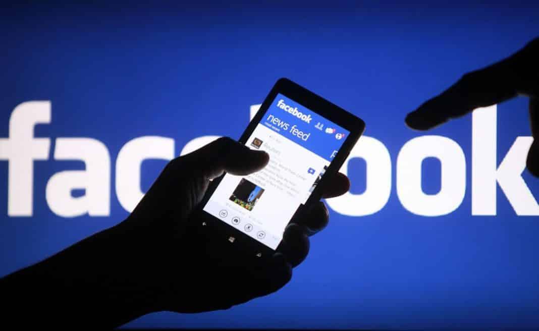 Rusija uputila upozorenje Fejsbuku i Tviteru zbog brisanja proruskog sadržaja 1