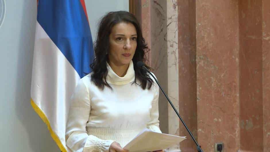 MARINIKIN ODGOVOR SNS: Ja idem u Bratunac i Prizren, a vaš Vučić u Srebrenicu! 1
